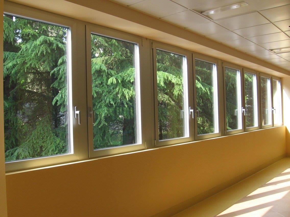 Finestre in alluminio generaltek for Preventivo finestre alluminio