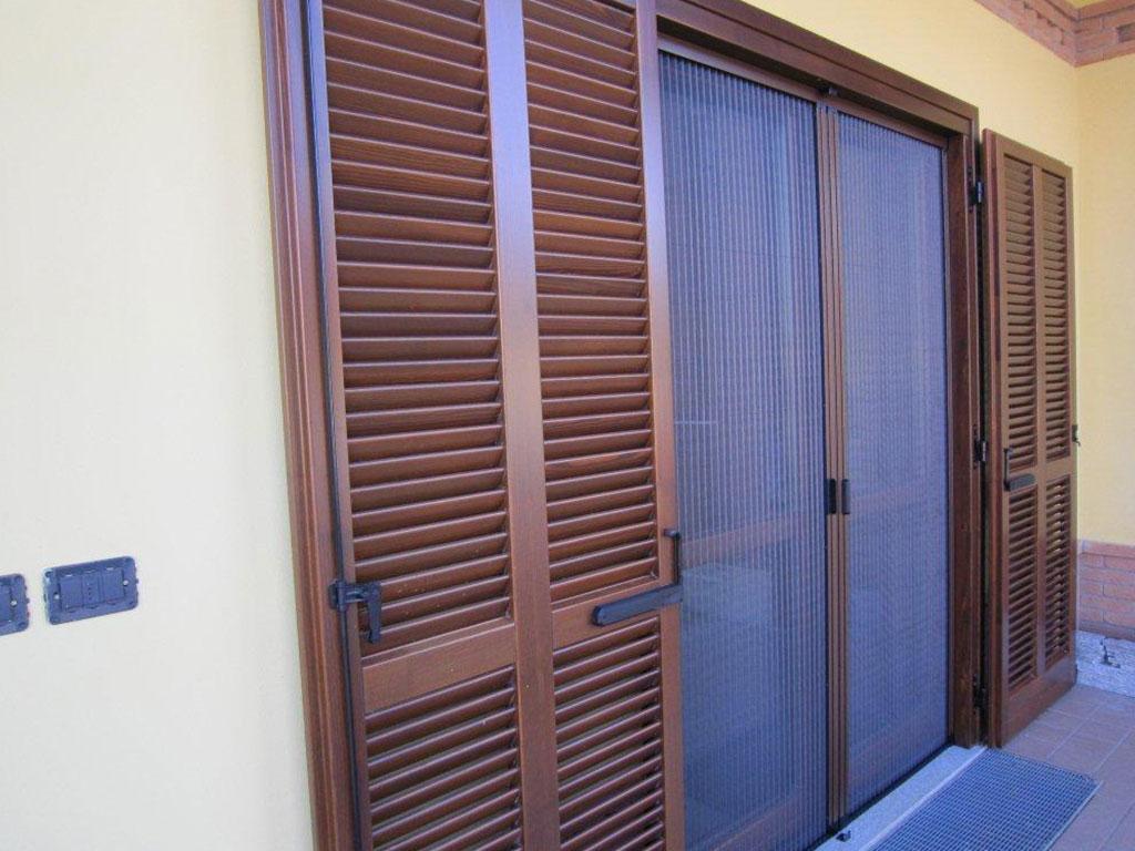 Zanzariere generaltek for Zanzariera porta finestra